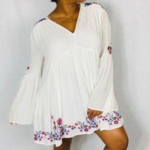 Free People Te Amo V-Neck Dress w/ Flounce Sleeves